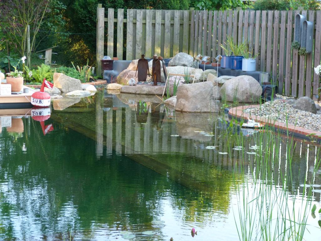 Teich und Kunst